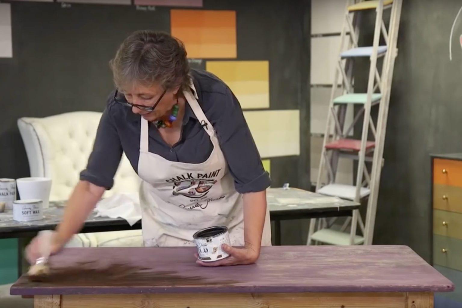Annie Sloan using Dark Chalk Paint® Wax to create a mahogany look